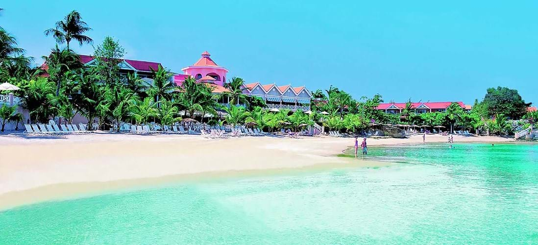 Coco Reef Resort